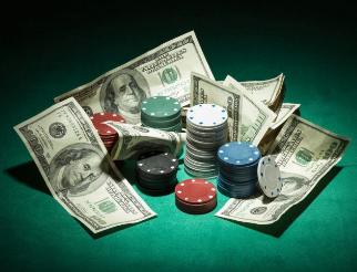 Différence entre poker cash game ou tournoi de poker sur 777.ch